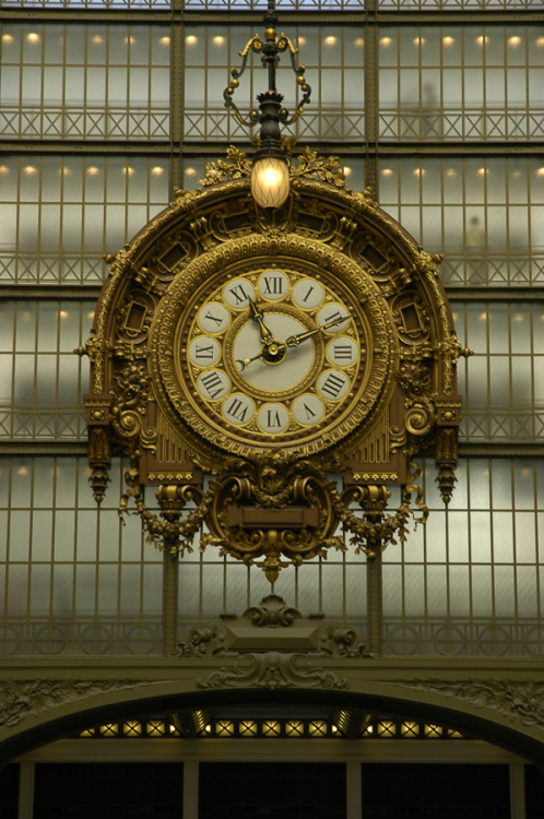 birdcagewalk:  confinedlight:Musée d'Orsay, Paris