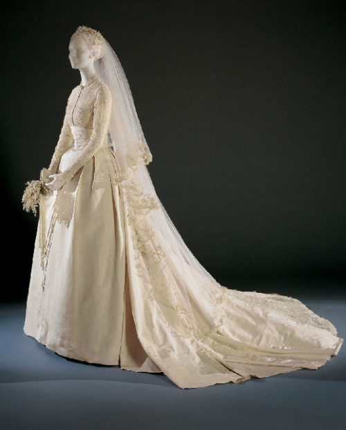 Grace Kelly's wedding gown designed by Helen Rose, 1956 From the Philadelphia Museum of Art