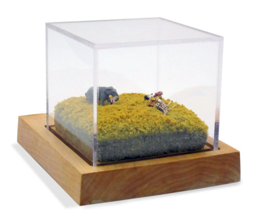 Elephant diorama from AnimaliaShop.