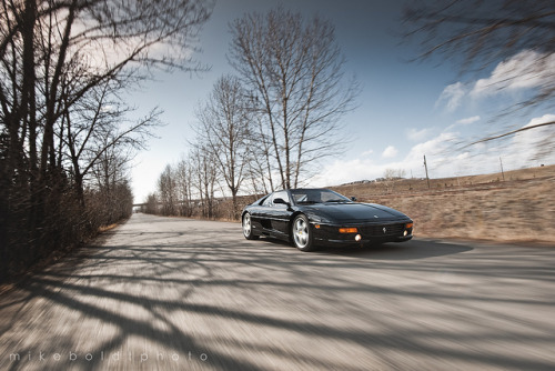F355 Roll by Mike Boldt on Flickr.