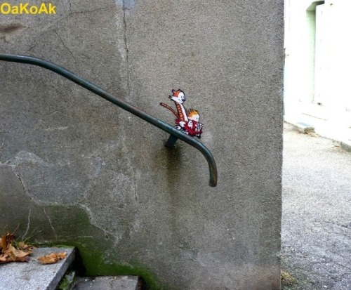 ehope:  YES. street art by: OaKoAk via: buzzfeed