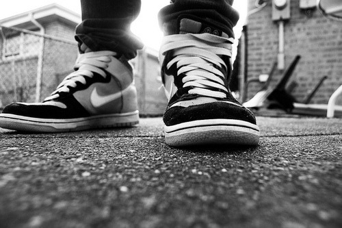 "candycoco-ture:   ""And the Nikes on my feet keep my cypher complete"" Mac Miller"