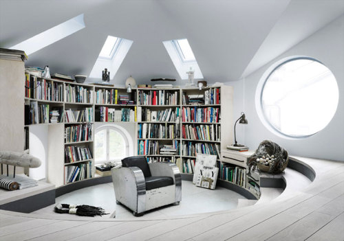 homedesigning:  Studio loft of a Swedish Artist