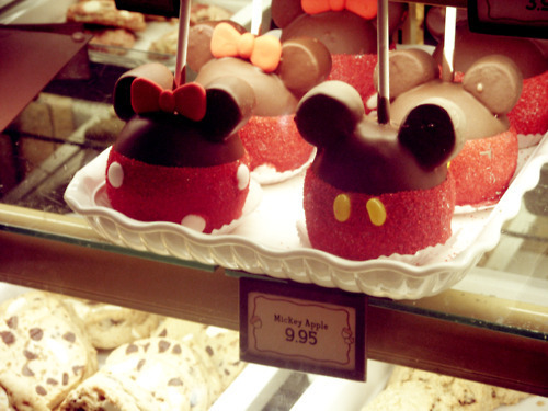Mickey apple