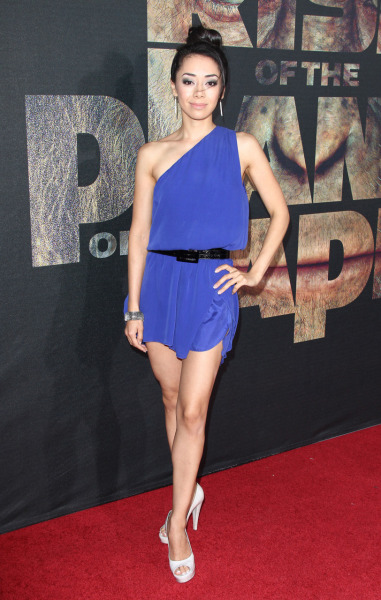 fuckyeahsmile:  Aimee Garcia - Rise Of The Planet Of The Apes Premiere in Hollywood July 28, 2011