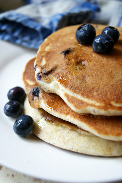 bkfst:  whole wheat blueberry pancakes