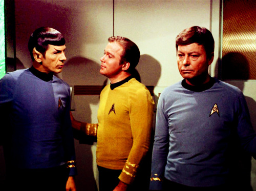 bigmamag:  Oh come the fuck on! Captain, you are making Dr. McCoy uncomfortable. You're looking at your first officer in an entirely gooey manner. Your face looks like a bowl of ice cream melting in the microwave. Kirk, do you absolutely need to hold onto that lever and be millimeters from touching a Vulcan? Look at McCoy, he's not hanging onto anything, so there's no need for all that. Spock, are you projecting Vulcan pheromones because you look decidedly unperturbed that Kirk isn't listening to a goddamn word you say. Just look away, Jim. You're making Bones sad. He just wants to ride in the turbolift with his superior officers and not have to feel a wave of dirty manlust radiating in his direction every time. Have some shame, you two.