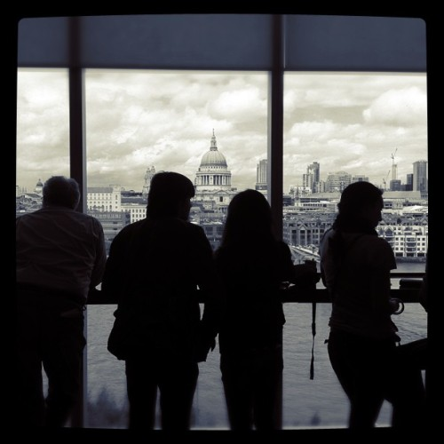 edwardiansociety:  City of Silhouettes (Taken with instagram)