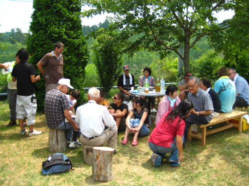 We shared some snacks and tea with Mura-san's wife and some of survivors at the temporary housing complex. Empathy opens immediate doors to friendship; you instantly belong and don't have to worry about the trifling matters of the other person's social status, etc. This was one of the highlights of the whole trip.