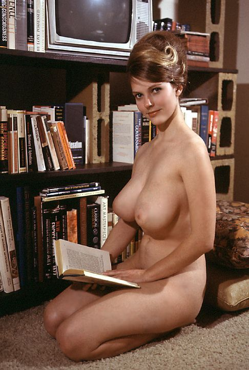 Melinda Windsor - Playboy 1966 (books 'n pb 2)
