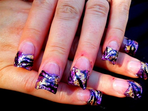fyeahhoodratnails:  I love these! But I feel bad because this poor girl got cut:( http://nailartgallery.nailsmag.com/msbyrd  ouch!