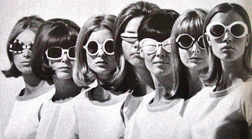 hepburnatheart:  What great glasses