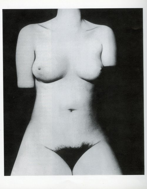 frenchtwist:   Nude, London by Bill Brandt, 1977