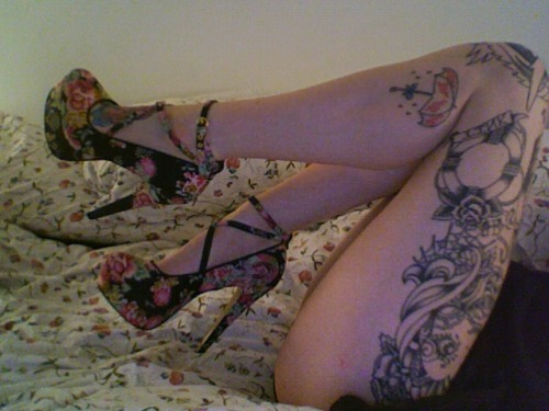 mmmmm if only I could wear thin heels…….oh the possibilities