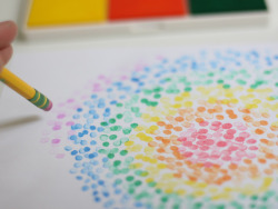 Easy pencil art- fun activity! Let your kids be little Van Goghs. (via Crafts with Kids: Pencil Stamps | Momtastic)