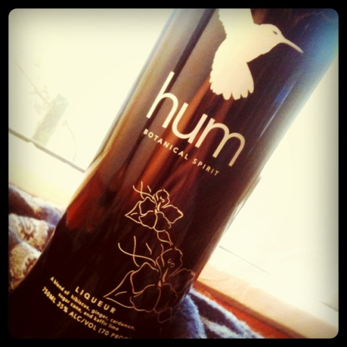 I've recently discovered a new herbaceous liqueur called hum. It's a blend of hibiscus, ginger, cardamom (!!!), sugar cane and kaffir lime. I've found people either love it or hate it, and I'm most certainly in the former camp. Yay! This begins my latest liqueur obsession (RIP St. Germaine and Canton)