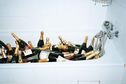 Anyone in need of a bathtub full of champagne today? ;) and :)