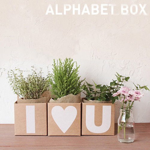 (via Design Crush » Alphabet Boxes)