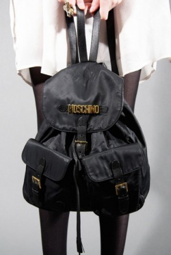chloerayneee:  had a bag exactly like this when i was like 10 lmao:(