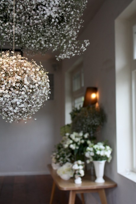 bride2be:  adorable baby's breath pom poms
