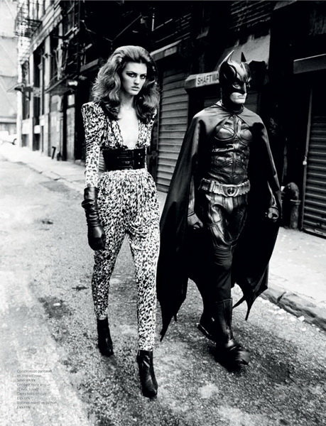 wwfk:  Batman does Vogue as seen on WWFK