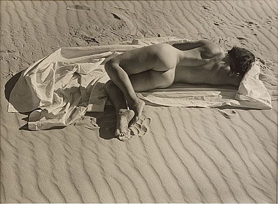 billyjane:  Nude Asleep on a Sheet, 1941 by Max Dupain from Charles Leski