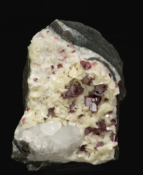 gem-myriad:  Cinnabar This is a stone that brings mystic psychic visions… and it has a powerful resonance that assists the awakening of your spiritual potential. It has powerful metaphysical properties within the third eye chakra… and this strong vibration may create the conditions required to aid your life to progress in alignment with Divine Will. It will aid you with developing intuition, and brings an increase in your mental alertness, ingenuity and your ability to think more directly and creatively. Cinnabar stone is a powerful transformation crystal… that encourages you to use its energy to fully embrace your inherent genius. Metaphysical: Primary Chakra: Root to Crown Astrological sign(s): Leo Vibration: Number 8