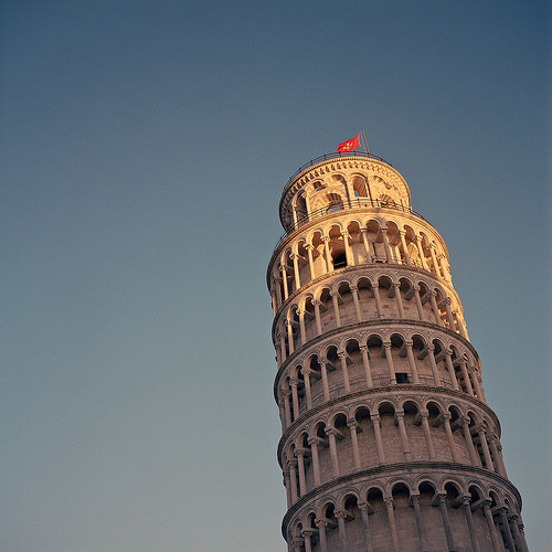 mynewidentity:  Torre Pendente, Pisa, Toscana (by Vicky Lamburn)   Getting in the mood for my trip to Italy
