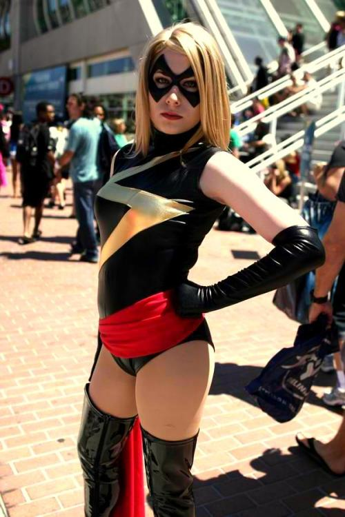 comicbookcosplay:  Ms. Marvel Submitted by poison-x-ivy  .