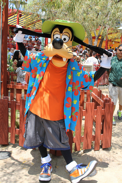 Meeting Goofy at Goofy's Sky School by Loren Javier on Flickr.