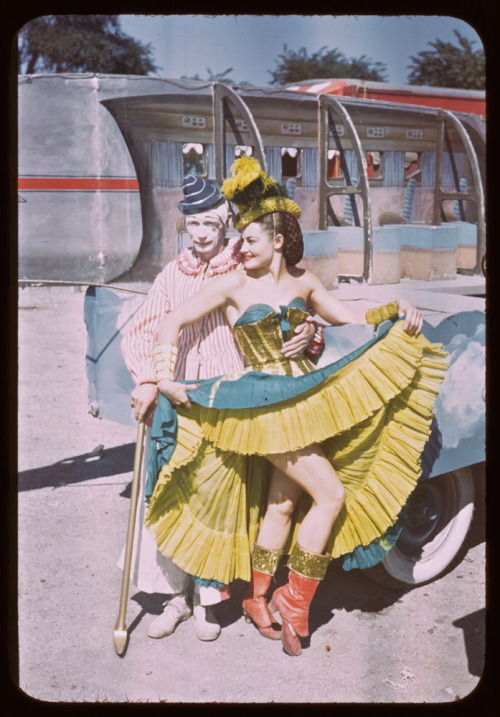 cloudyhushes:  Circus love, 1949