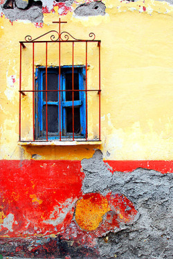 Senza titolo by All the Color on Flickr.