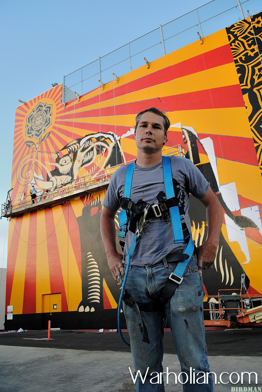 Street Artist Shepard Fairey and his team just completed the OBEY founder's largest mural ever! Warholian's one and only Birdman was on the scene to capture the creation of this absolutely stunning piece of work. Read more and see all the photos…. http://warholian.com/2011/08/02/shepard-fairey-mural/