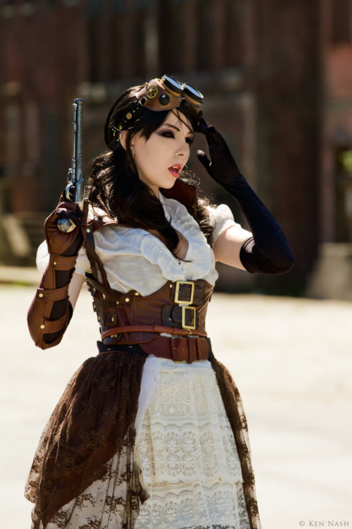 anekdotico:  Lady Mechanika Cosplay CU by *IamLizbit