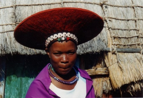 desert-dreamer:  zulu woman. south africa.