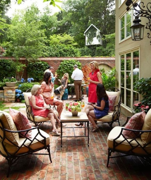 Southern Brunch, love the patio furniture!