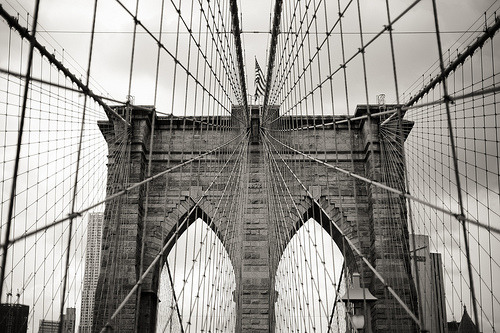 saddest-summer:  just a bridge in NYC (by davidoa.dk)