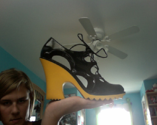 Okay, so I know these shoes are absolutely ridiculous, but I bought them as a joke.  They were $3.00 at Payless and I couldn't resist.  They look like shoes for a sexy fisherman LOL but they are really comfy and I think I'll wear them on halloween.