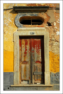 Door, Estói by CGoulao on Flickr.