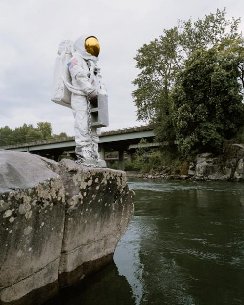 rickcohen:  http://www.astronautsuicides.com/ Some brilliant photos from some good people in Oregon.