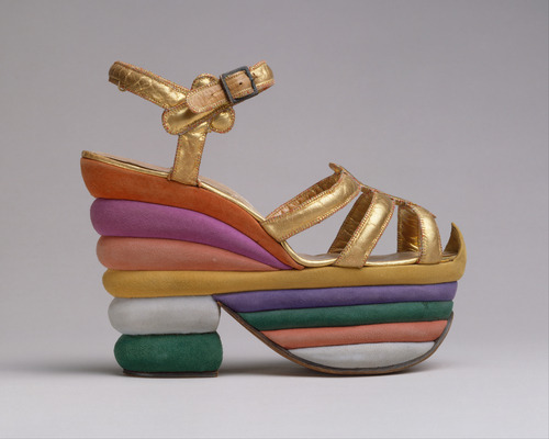omgthatdress:  Salvatore Ferragamo sandals ca. 1938 via The Costume Institute of the Metropolitan Museum of Art