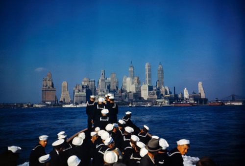 This photograph was taken from when a ship heads toward Manhattan, New York. The sailors seen in the picture are from the USS North Carolina, during World War II. (photo credit:Corbis)