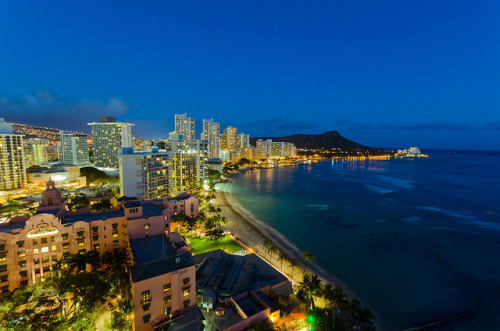 dnth8msturb8:  Waikiki Beach Blue Hour - [EXPLORED] by andreaskoeberl on Flickr.