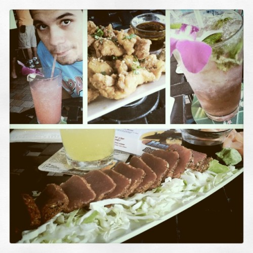 happy hour~ (Taken with Instagram at Mai Tai Bar)