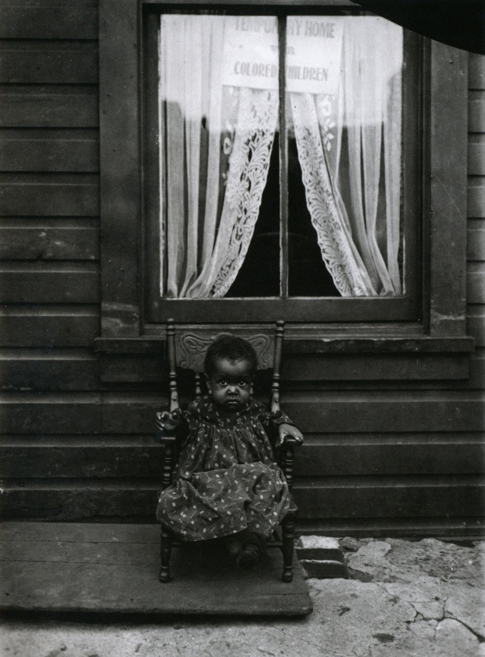 legrandcirque:  Lewis Wickes Hine, A young orphan girl, Washington, DC, USA, 1906.