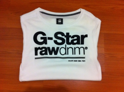 WHITE GSTAR RAW MENS SHIRTSize: Small (Mens)Condition: Brand newSelling for: $40