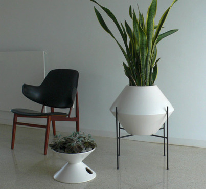 modernfindings:  Planter
