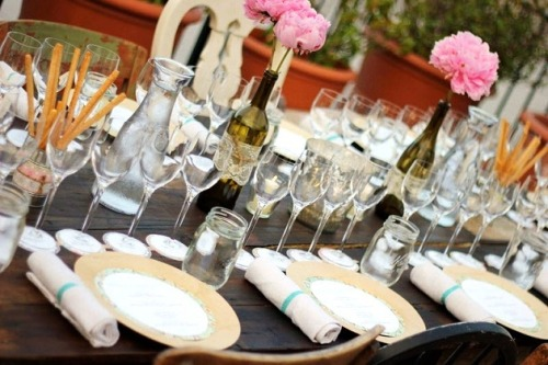 A party for the adults! Rooftop wine and food paring party, LOVE this idea! Someone have one, and invite me! Click here to see the rest of the details