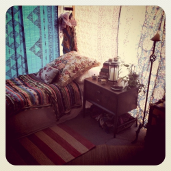imissthesixties:  patio bedroom. so pretty