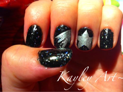 Shooting star design  Ulta- Black Diamond China Glaze- Nova Orly Instant Artist- Platinum